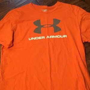 Other - Men's under armor T-shirt.